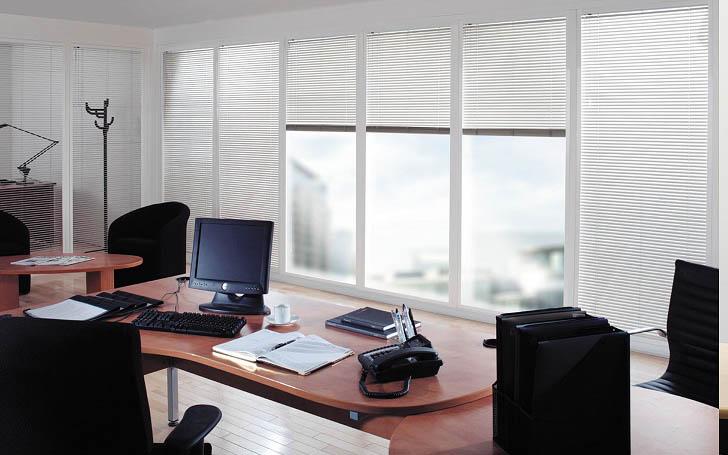 reluxa irodában